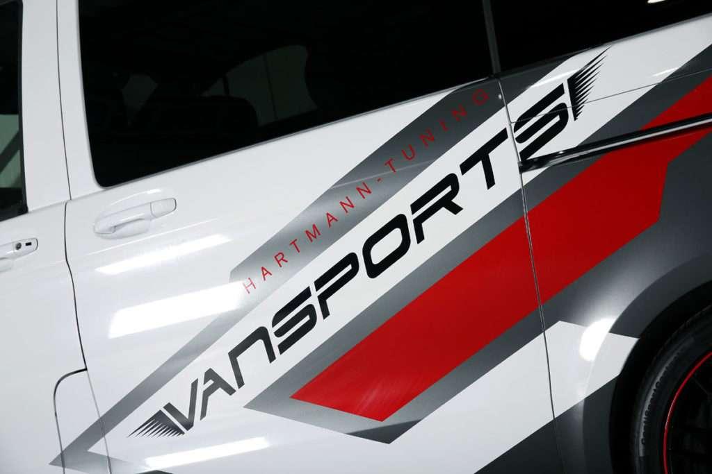 VANSPORTS white SportsVan